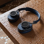master-dynamic-mh40-over-ear-headphones-1