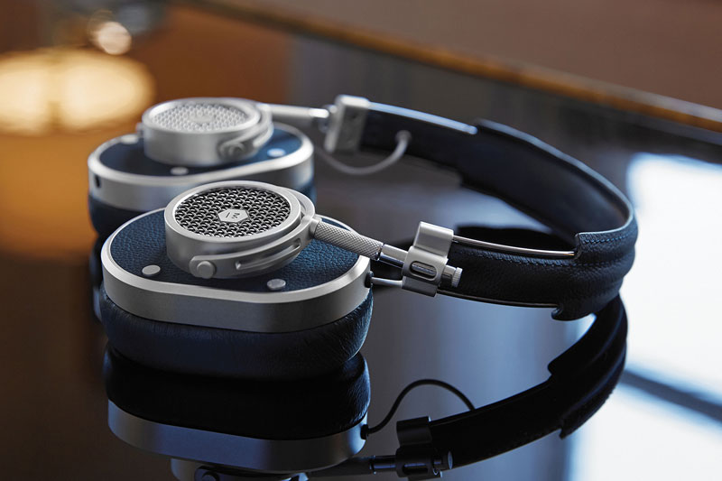 master-dynamic-mh40-over-ear-headphones-2