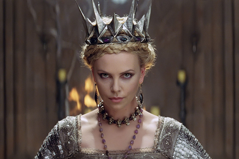 the-new-character-posters-from-the-huntsman-winter-s-war-will-give-you-all-the-nerd-feels-716283
